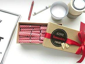 Drobnosti - iLOVE Romantické rande červené bodkované v darčekovej škatuľke - 7074129_