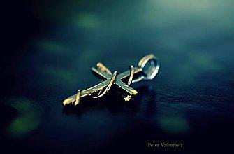 Šperky - strieborný krížik - 7081698_