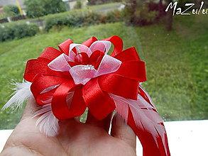 Pierka - svadobné pierko pre starejšieho v červenom - 7084190_