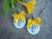 Náušnice - Filcové náušnice so žltými kvetmi - 7086933_