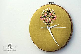 Hodiny - Samosej, ručne vyšívané nástenné hodiny - 7096980_