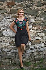 Šaty - Maľba na čierne šaty... - 7099246_
