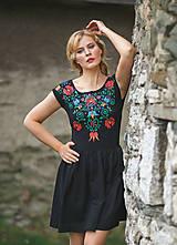 Šaty - Maľba na čierne šaty... - 7099871_