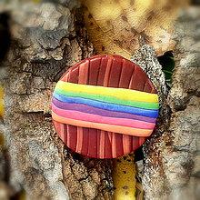 Odznaky/Brošne - FIMO drevené brošne z oblohy (dúha) - 7099832_