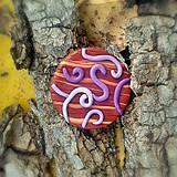 Odznaky/Brošne - Drevená brošňa špirálky - 7101426_