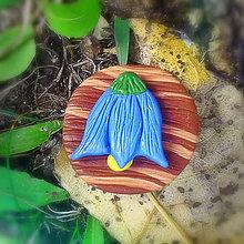 Odznaky/Brošne - FIMO drevené brošne - prírodné motívy (zvonček NA ZÁKAZKU) - 7102041_