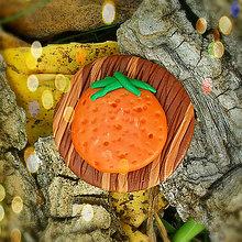 Odznaky/Brošne - Drevená brošňa pomaranč NA ZÁKAZKU - 7102921_