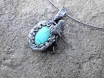 cínovaný náhrdelník s tyrkenitom