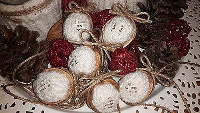 Dekorácie - Vianočné oriešky - 7108355_