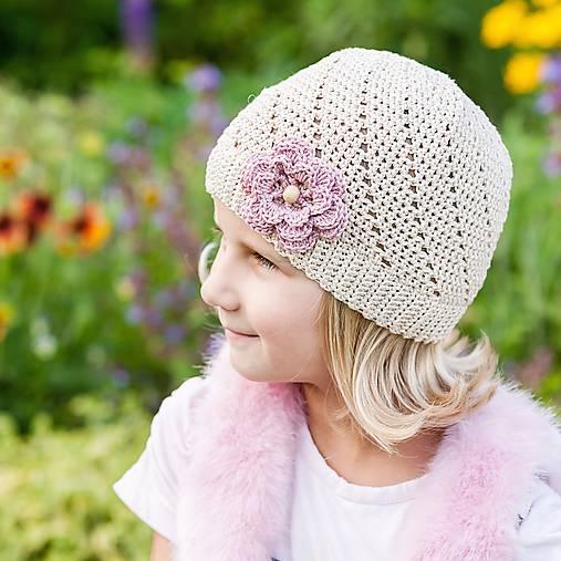 9c0d71b8dbce Béžová čiapka s kvetom   LeonaS - SAShE.sk - Handmade Detské čiapky