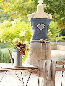 Úžitkový textil - Ľanová zástera s ručnou potlačou - Čučoriedkový folk - 7109366_