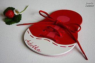 Hračky - Šnurovacia hračka na jemnú motoriku - červená - 7107522_