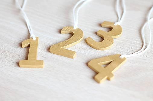 Dekorácie - Adventné čísla zlatá/strieborná - 7110248_