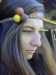 Ozdoby do vlasov - Gumička do vlasov s plstenými guličkami - 7111006_