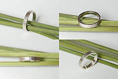 Prstene - Obrúčka obdĺžniková - tepané čiarky - 7113331_