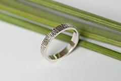 Prstene - Obrúčka obdĺžniková - tepané čiarky - 7113334_