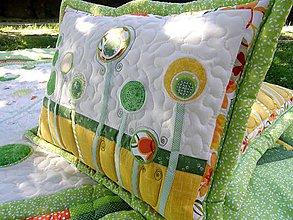 Úžitkový textil - V krajine zázrakov - vankúše k prehozu No.4 :) - 7112641_
