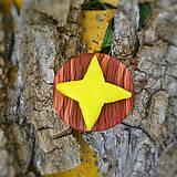 Odznaky/Brošne - FIMO drevené brošne z oblohy - 7111056_