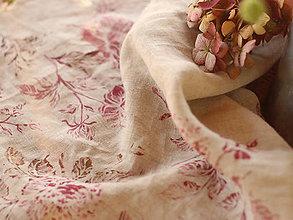 Úžitkový textil - Ľanový obrus z jemnej ľanovej látky s ručne potlačenými pivóniami a ružami - 7114947_