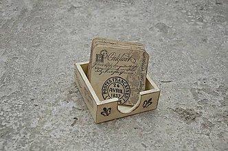 Pomôcky - podložky pod šálku/pohár 8 ks + box - \