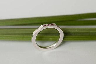 Prstene - Zásnubný prsteň / obrúčka štvorcová - osemhran väčší výrez - 7117153_