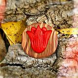 Odznaky/Brošne - Drevená brošňa tulipán NA ZÁKAZKU - 7114278_