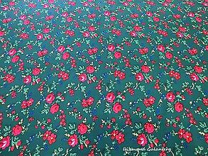 Textil - Krojová látka - kvietky malé na tmavo zelenom podklade - cena za 10 cm - 7119723_