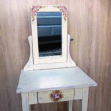 Nábytok - Toaletný stolík - 7120474_
