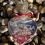 Darčeky pre svadobčanov - Magnetka pre hostí v tvare srdiečka - 7118851_