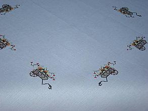 Úžitkový textil - Strojová výšivka -ľanový obrus - 7120788_