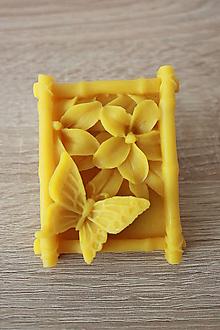 Magnetky - Magnetka zo 100% včelieho vosku - Motýľ - 7120862_
