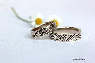Prstene - Zlaté obrúčky s folklórnym ornamentom (Trnava a Kokava nad Rimavicou) - 7122053_