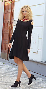 Šaty - Černé zvonové šaty s dlouhým rukávem - 7128256_