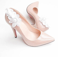 Obuv - Biela svadba so štrasom a perleťou - klipy na topánky - 7129628_