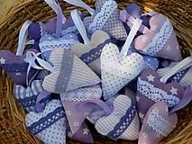 Darčeky pre svadobčanov - Oblačno, miestami ... fialovo,  svadobné srdiečka - 7130140_