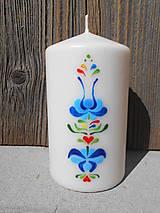 ručne maľovaná sviečka s ľudovým ornamentom