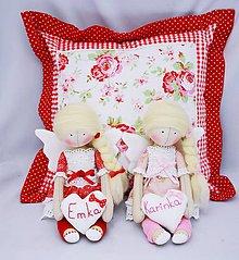 Bábiky - Malý sediaci anjelik so srdiečkom - 7144731_
