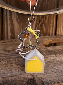 Kľúčenky - Domček na tašku alebo kľúče - 7146280_