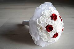 Kytice pre nevestu - Svadobná kytica zo stabilizovaných ruží - 7148851_