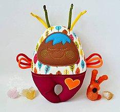 Hračky - Vesmírny chrobáčik jesenno-čokoládový - hrkálka - 7151785_
