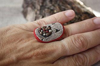 Prstene - Bublinky v stene - 7156578_