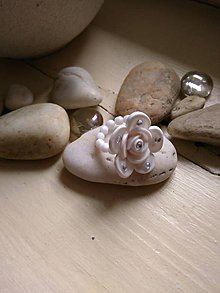 Prstene - Prstienok biely zdobený - 7159930_