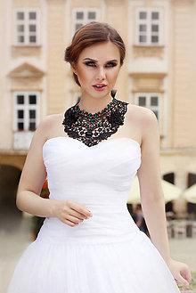 Náhrdelníky - čipkovaný náhrdelník podľa želania - 7167743_