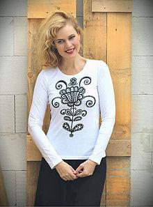 Tričká - Čierny folk kvet na bielom tričku... - 7170436_