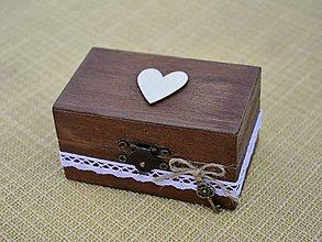 Prstene - krabička na prstienky s dreveným srdiečkom (čokoládová) - 7175682_