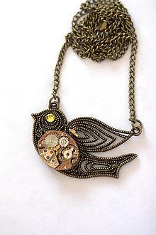 Náhrdelníky - Steampunkový náhrdelník Vtáčik - 7176209_