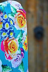 - Nákrčník vzorovaný-zelený tyrkys s květy - 7176753_