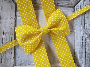 Doplnky - Pánsky motýlik a traky-  set žltá bodka - 7179139_