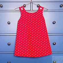 Detské oblečenie - obojstranná bodkovaná bavlnená zásterka/šaty, veľkosť 8 - 9 rokov - 7181527_