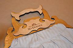 Textilná kabelka s drevenou rúčkou